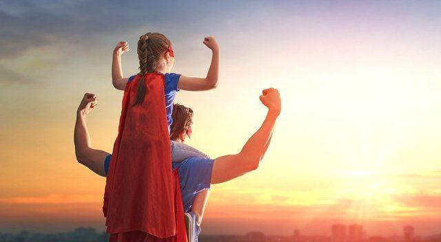Görünmez Pelerinli Süper Kahramanlar